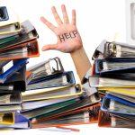 事務代行において、作業量が少なくても複数のスタッフが必要な重要な理由
